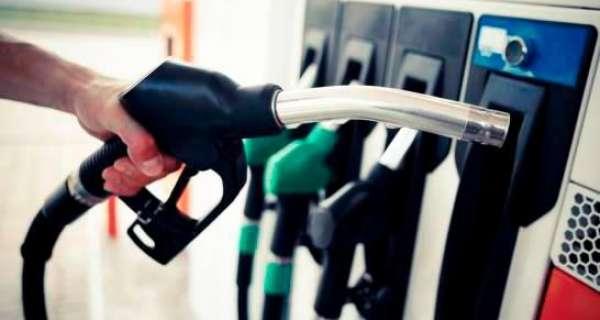 Población a la expectativa de precios de los combustibles; gasolinas han subido 24 pesos este año
