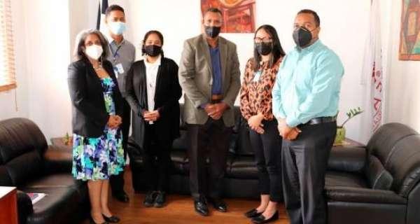 FODEARTE sostiene encuentro con representantes de dominicana cultural y creativa